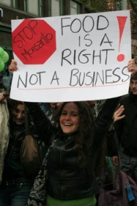 mama-monsanto-food-is-a-right-250
