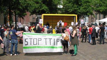Acties in Den Haag tegen vrijhandelsverdrag TTIP