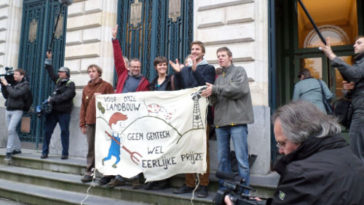 P Day! The Field Liberation Movement court case in Gent
