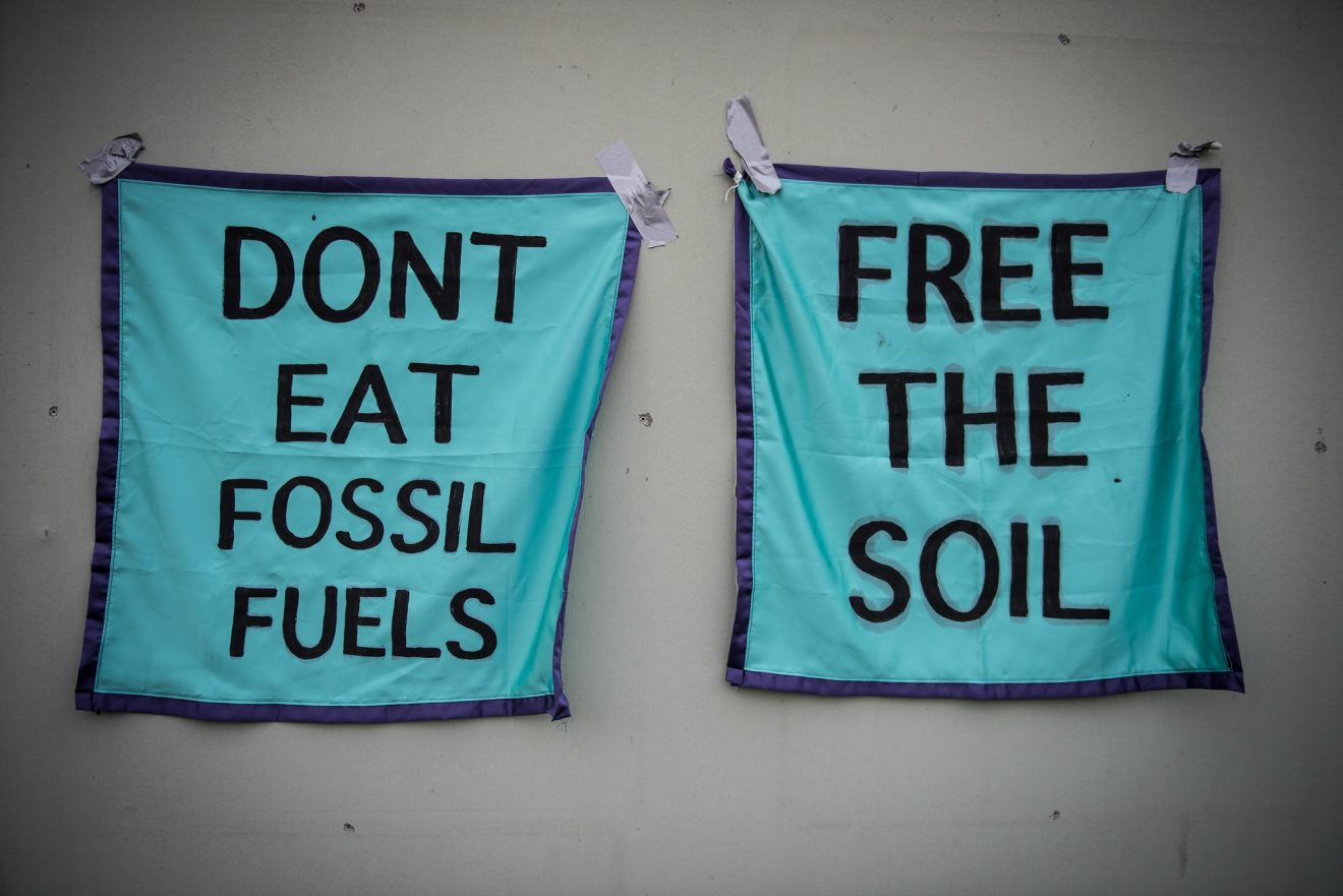 Dont Eat Fossil Fuels - Free the Soil